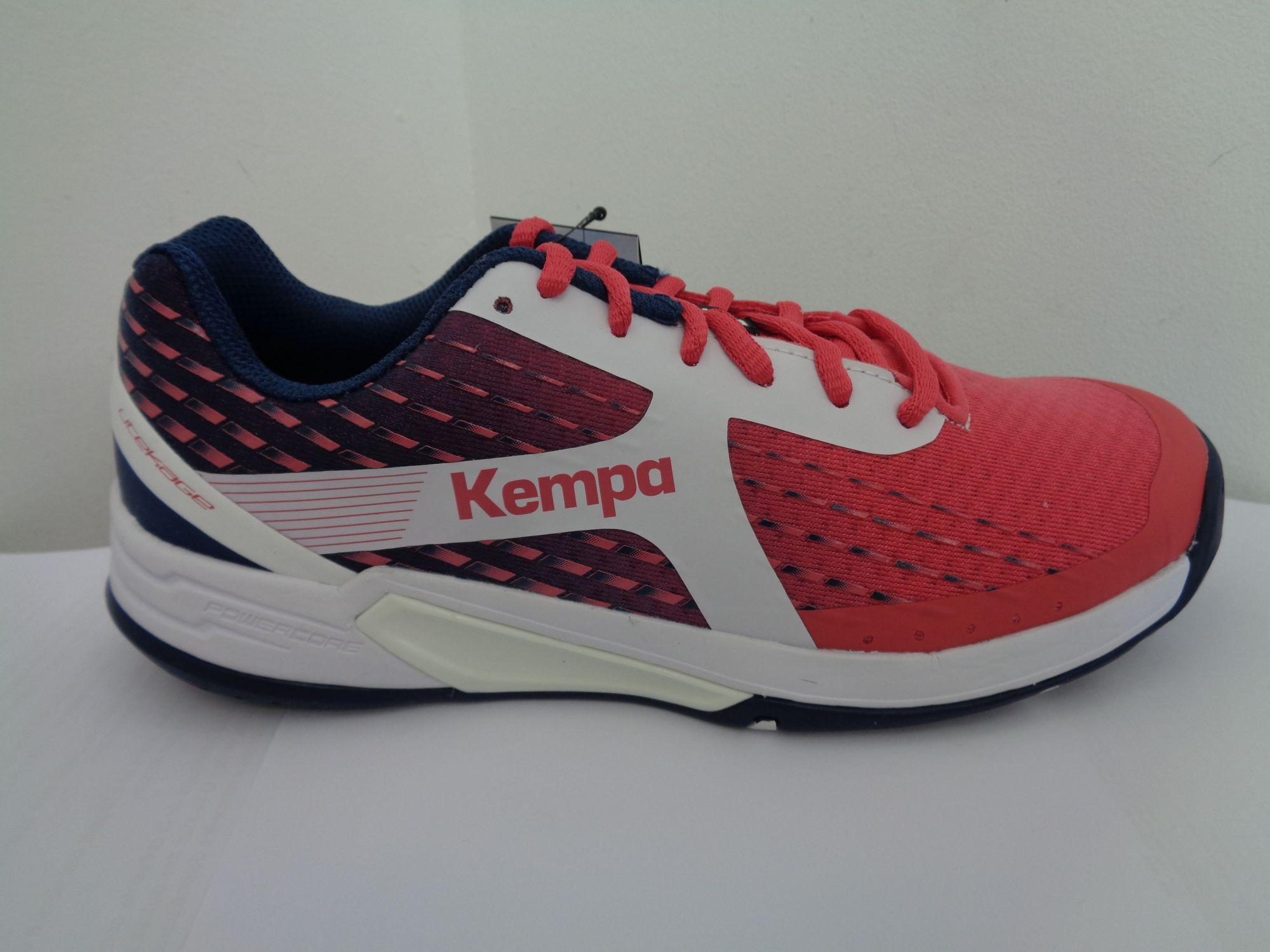 Kempa wing women